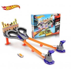 HOT WHEELS PISTA SUPER EXPLOSIVA